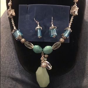 Avon Turquoise Colored Necklace Set with seaglass